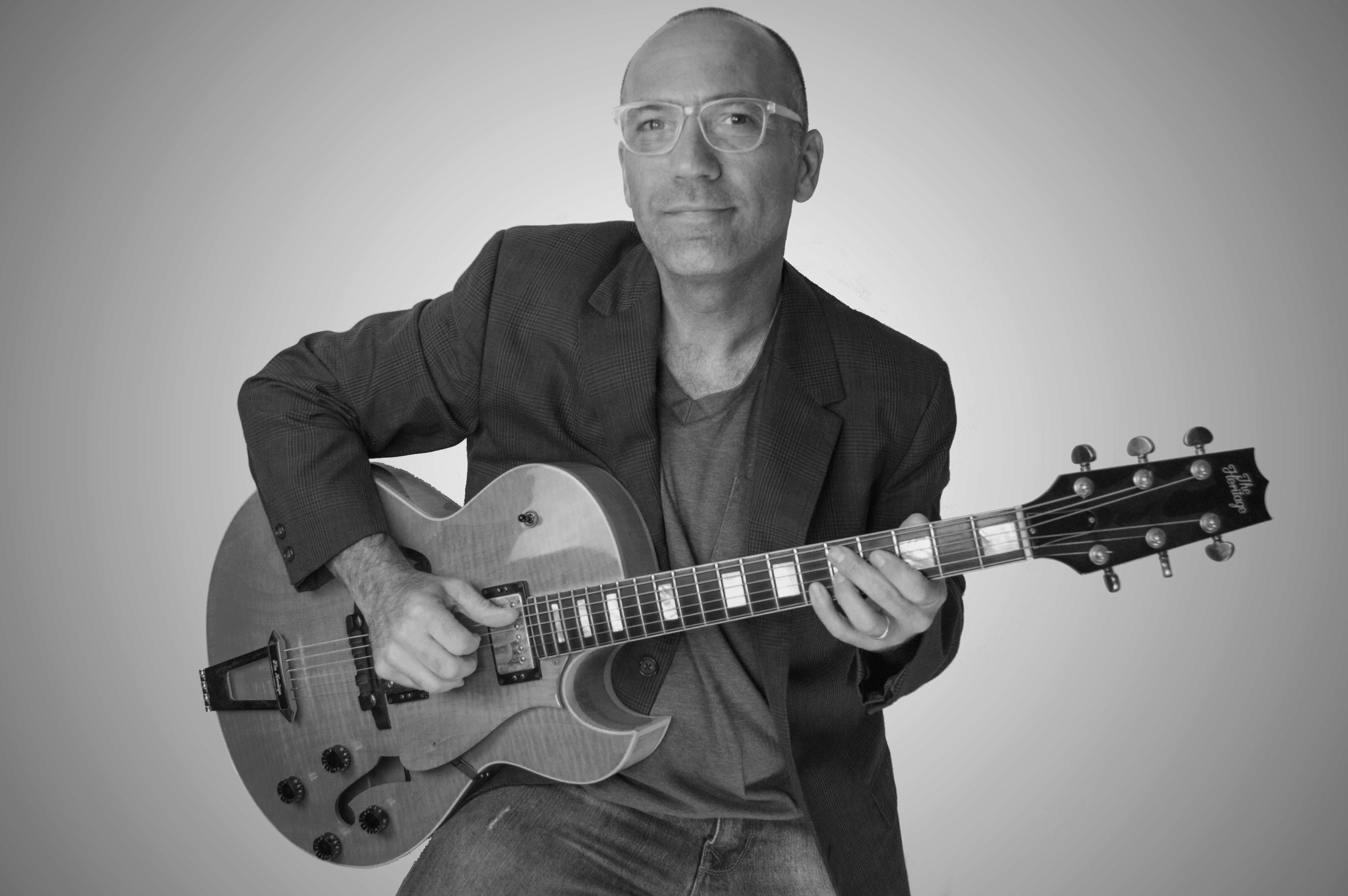 Paul Garceau - Guitarist - Producer - Instructor